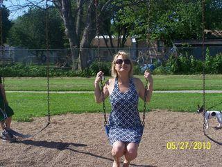 Swinging 023