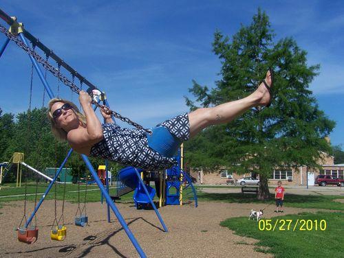 Swinging 034